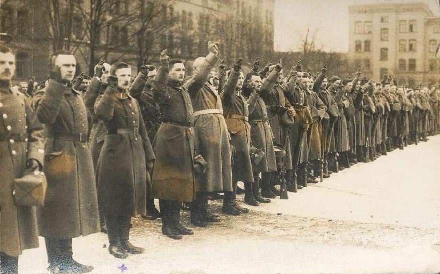 12.1918 przysięga oddziałów wlkp. tuż przed wybuchem powstania